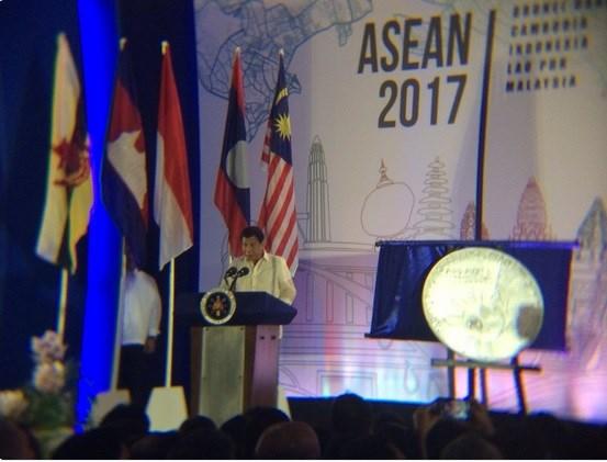 Les Philippines assume la presidence tournante de l'ASEAN hinh anh 1