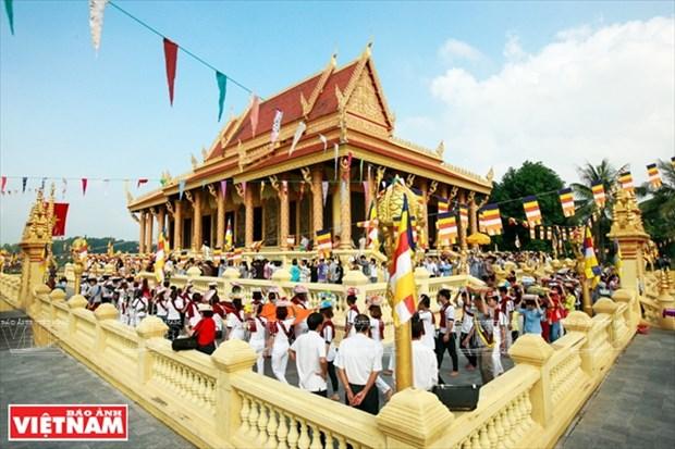 Le Festival Kathina celebre dans une pagode khmere a Hanoi hinh anh 1