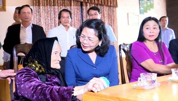 Nouvel An lunaire : la vice-presidente Dang Thi Ngoc Thinh en visite a Gia Lai et a Kon Tum hinh anh 1