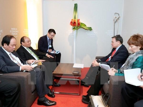 Activites du Premier ministre Nguyen Xuan Phuc a Davos hinh anh 2