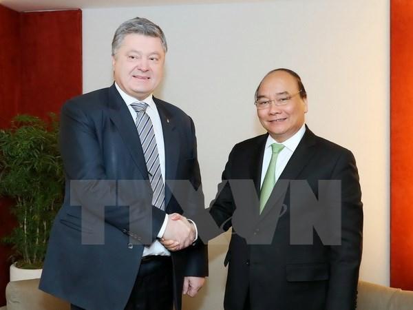 Activites du Premier ministre Nguyen Xuan Phuc a Davos hinh anh 1