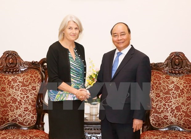 Les ambassadeurs de l'Australie et du Danemark s'engagent a contribuer au developpement du Vietnam hinh anh 2