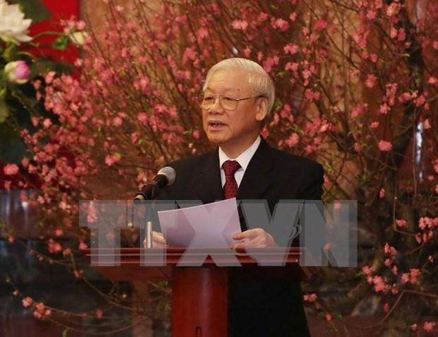 Le leader du PCV presente ses voeux au peuple et aux dirigeants du Parti et de l'Etat hinh anh 1