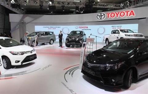 Forte baisse du prix des voitures importees hinh anh 1