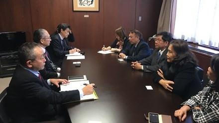 Une delegation de la Confederation generale du Travail du Vietnam en visite de travail au Japon hinh anh 1
