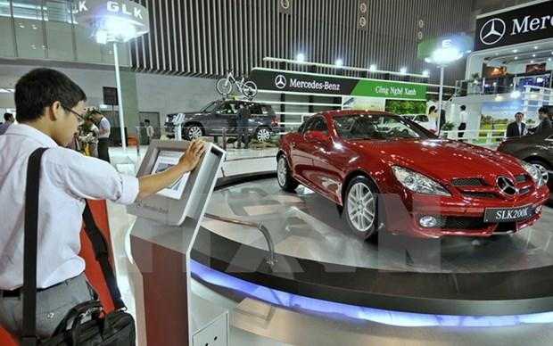 Les ventes de voitures au Vietnam ont chute de pres de 40% en janvier hinh anh 1