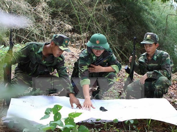 Vietnam et Laos collaborent dans la lutte contre des migrations illegales hinh anh 1