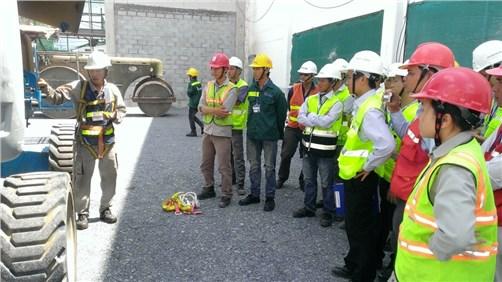 Securite et hygiene au travail: renforcer le dialogue avec travailleurs et entreprises hinh anh 1