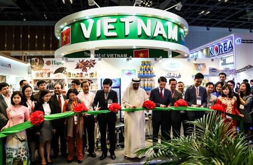 Des entreprises vietnamiennes sondent les opportunites du marche emirati hinh anh 1