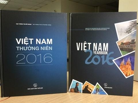 Publication d'un livre illustre en deux langues sur le Vietnam hinh anh 1