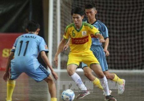 Fete de football organisee pour les enfants defavorises a Ho Chi Minh-Ville hinh anh 1