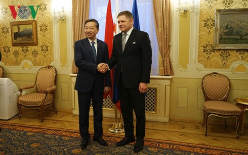 Dynamiser la cooperation dans la securite Vietnam-Slovaquie hinh anh 1