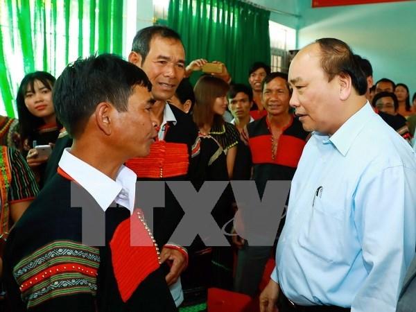 Le PM incite une commune de Dak Lak a vaincre la pauvrete hinh anh 1