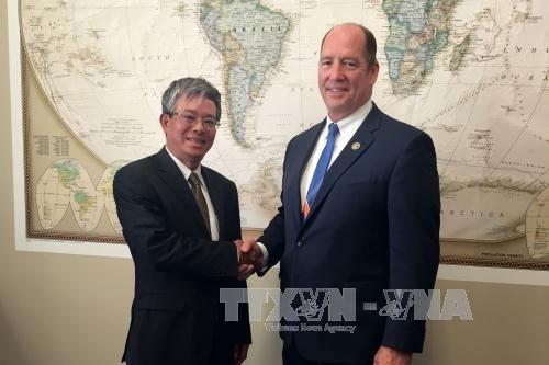 Le Vietnam continue de privilegier le developpement des liens avec les Etats-Unis hinh anh 1