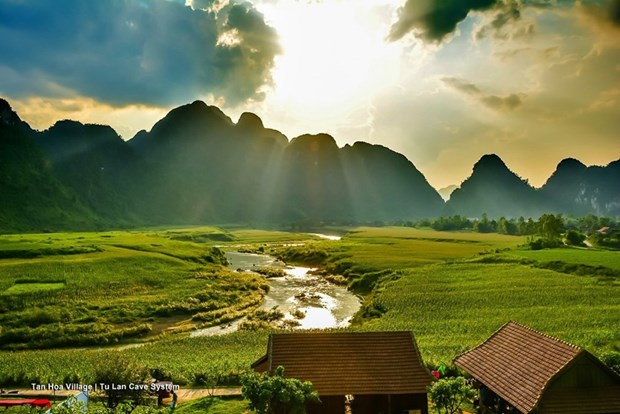 Quang Binh exploite de nouveaux circuits touristiques hinh anh 1