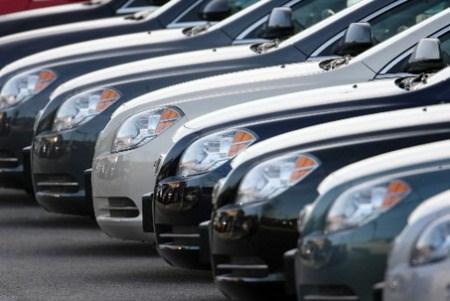 Hausse spectaculaire des importations d'automobiles indonesiennes en janvier et fevrier hinh anh 1