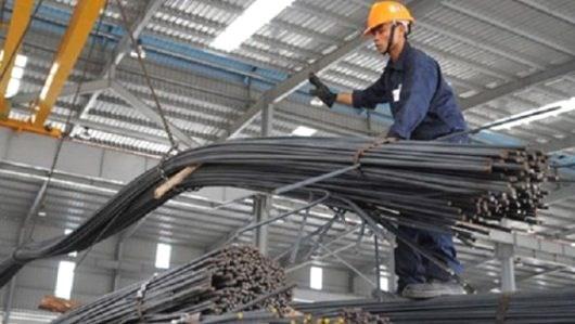 Le Vietnam importe pour 2,74 millions de tonnes de fer et d'acier en deux mois hinh anh 1