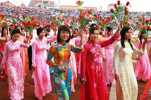 Honneur a la beaute des femmes vietnamiennes a Macao (Chine) hinh anh 1