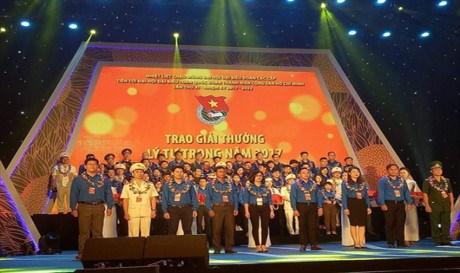 Celebration des 86 ans de l'Union de la jeunesse communiste Ho Chi Minh hinh anh 1