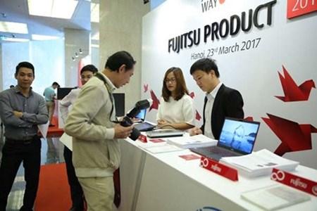 Le groupe Fujitsu apprecie le marche des technologies de l'information du Vietnam hinh anh 1