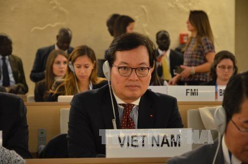 Le Vietnam a la 34e session du Conseil des droits de l'homme hinh anh 1