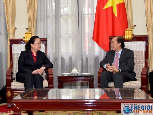 Un vice-ministre des AE recoit la premiere consule generale de Chine a Da Nang hinh anh 1