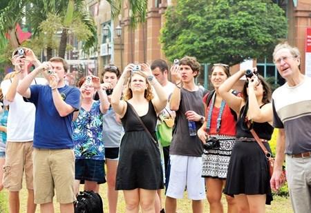 Le Vietnam accueille plus de 3,2 millions de touristes etrangers au 1er trimestre hinh anh 1