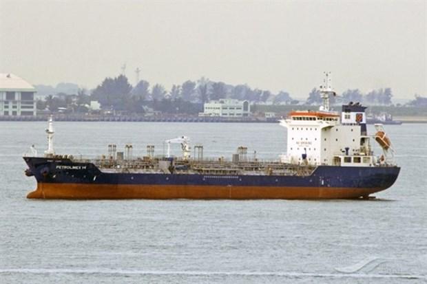 Neuf disparus apres le naufrage d'un bateau a Ba Ria-Vung Tau hinh anh 1