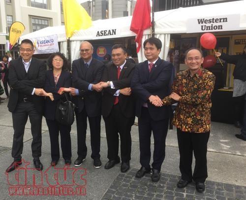 Le Vietnam participe a la Foire nocturne ASEAN-Asie du Sud-Est en Nouvelle-Zelande hinh anh 1