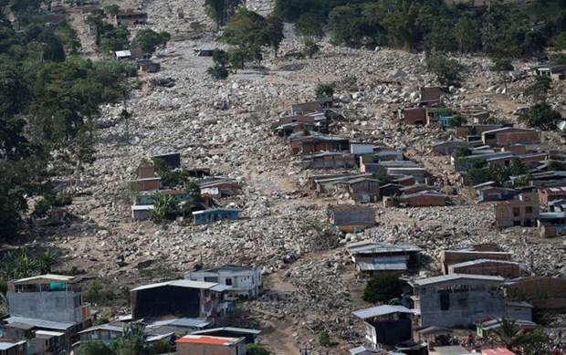 Message de sympathie aux presidents colombien et peruvien hinh anh 1