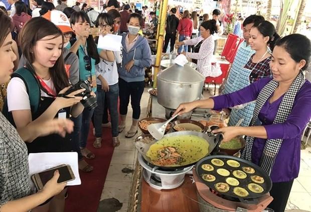 Fete des gateaux traditionnels du Nam Bo a Can Tho hinh anh 1