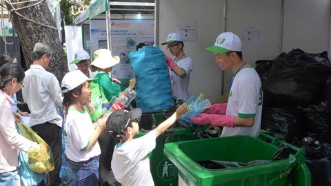 Festival du recyclage des dechets a Ho Chi Minh-Ville hinh anh 1