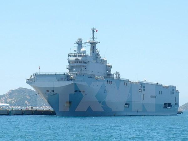Des navires de la Marine francaise visitent Ho Chi Minh-Ville hinh anh 1