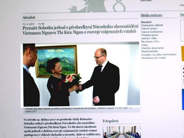 La presse tcheque couvre la visite de la presidente de l'AN Nguyen Thi Kim Ngan hinh anh 1