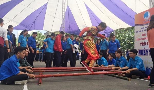 Plus de 1.000 jeunes a la Fete culturelle des ethnies vietnamiennes a Ho Chi Minh-Ville hinh anh 1