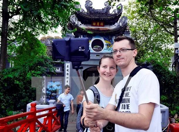 EIU : le tourisme contribue de plus en plus a l'economie vietnamienne hinh anh 1