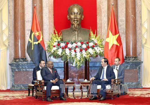 Le president Tran Dai Quang recoit le ministre angolais des Relations exterieures hinh anh 1