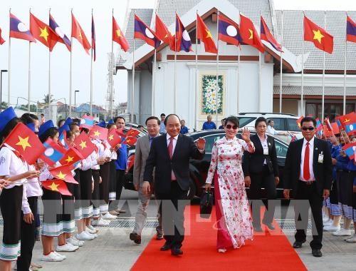 La presse laotienne apprecie la visite du PM vietnamien hinh anh 1
