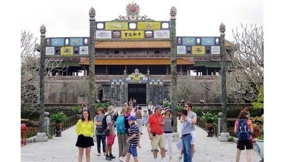 Forte augmentation des touristes a Hue en quatre mois hinh anh 1