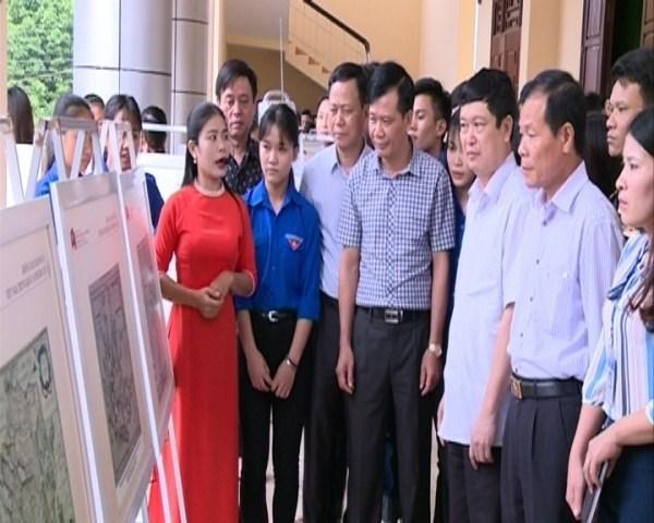 Thanh Hoa : exposition «Hoang Sa, Truong Sa du Vietnam - les preuves historiques et juridiques» hinh anh 1