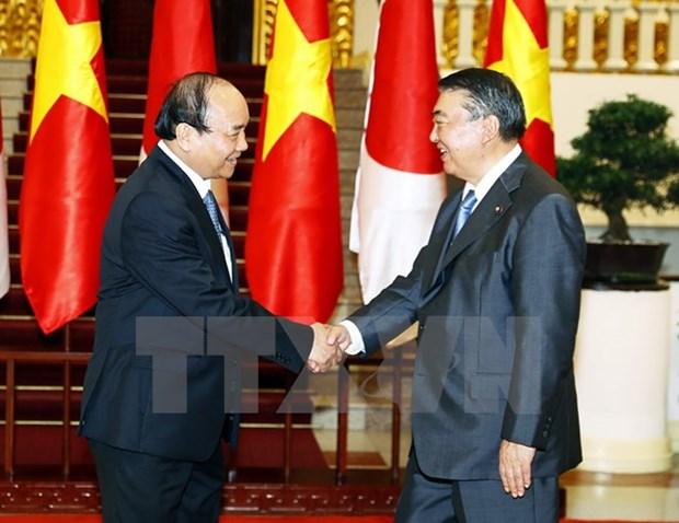 Le PM recoit le president de la Chambre des representants japonais Oshima Tadamori hinh anh 1