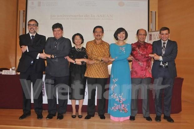 Seminaire au Mexique sur les 50 ans de la fondation de l'ASEAN hinh anh 1