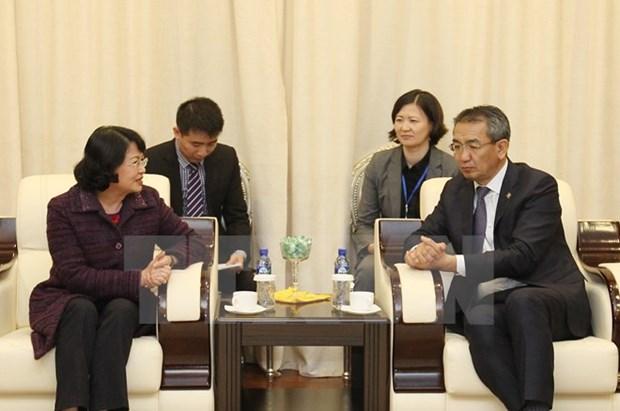 La vice-presidente Dang Thi Ngoc Thinh entame sa visite officielle en Mongolie hinh anh 1