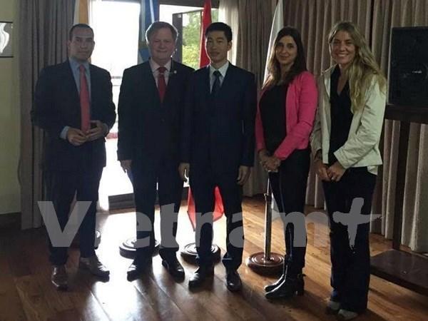 Promotion de l'image du Vietnam en Argentine hinh anh 1