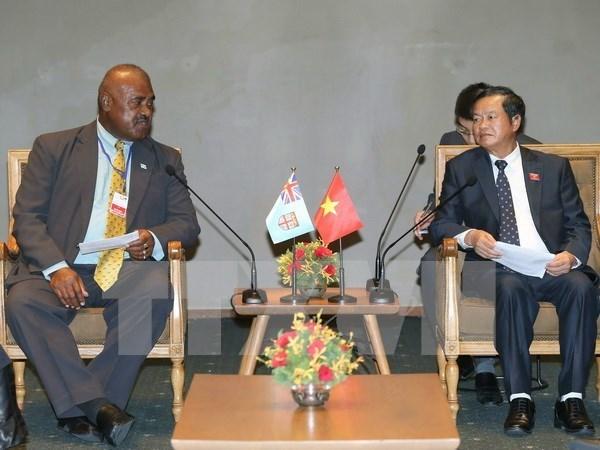 Le Vietnam est pret a partager des experiences legislatives avec la Republique des Fidji hinh anh 1