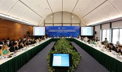 APEC 2017 : Le Forum de cooperation sur l'hygiene alimentaire a Hanoi hinh anh 1