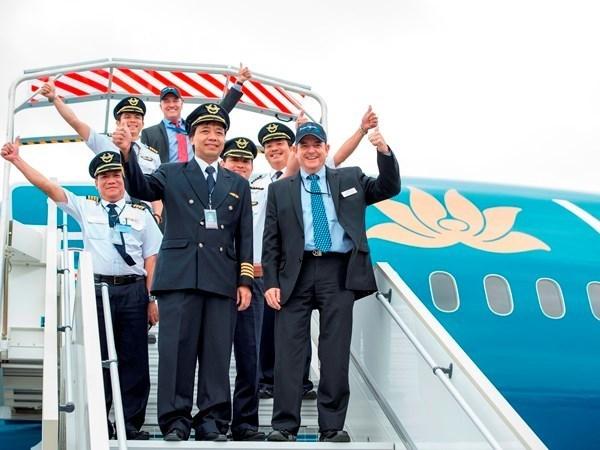 Diplomes australiens pour les pilotes de ligne vietnamiens hinh anh 1