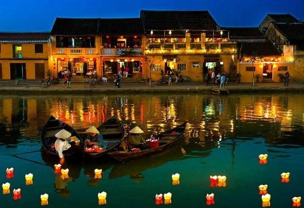 Hoi An accueille son 10 millionieme touriste hinh anh 1