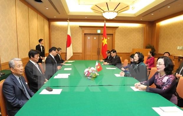 La vice-presidente vietnamienne visite la prefecture japonaise de Fukuoka hinh anh 1