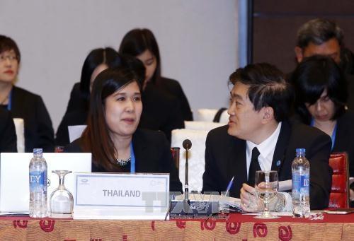 APEC-2017 : les delegues ont une belle impression de la capitale de Hanoi hinh anh 2